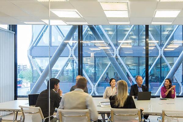_0039_boardroom-meeting
